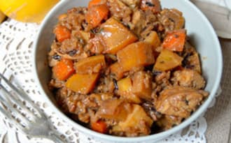 Mijoté de tempeh fumé, légumes racines et riz sauvage