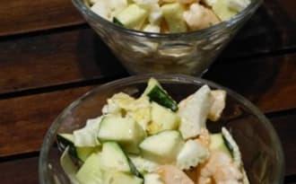 Salade de crevettes et légumes frais