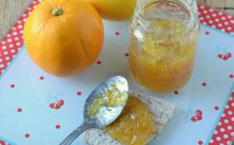 Marmelade de pamplemousse jaune à la vanille et à l'orange