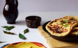 Naans et Houmous de lentilles corail, coco, curry