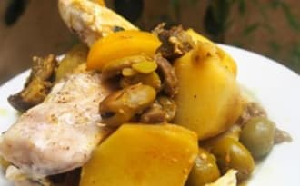 Tajine de mulet et de lotte aux artichauts violets, fèves et pommes de terre