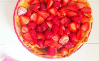 Tarte à la rhubarbe à la crème d'amandes ou tarte à la rhubarbe, fraises et crème d'amandes