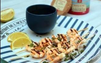 Brochettes de crevettes marinées à l'ail et au citron vert