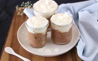 Duo de mousses chocolat et noix de coco