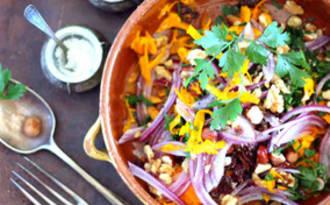 Salade de potimarron cru, noisettes, noix et huile de noisettes