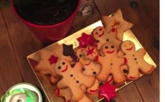Bonhommes et ses étoiles de Noël aux saveurs d'épices