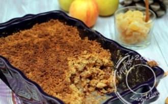 Crumble de pommes et poires, gingembre et noix de pécan
