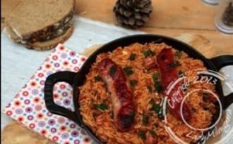 Riz à la tomate et aux saucisses