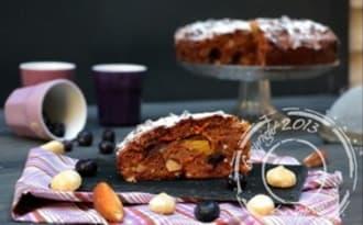 Carrot cake aux myrtilles, fruits secs et épices – sans lactose