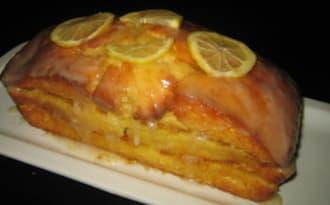 Cake fourré à la marmelade de zestes d'agrumes parfumée aux épices de Noël