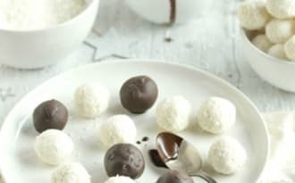 Truffes crues au chocolat et à la coco façon bounty