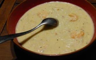 Soupe piquante aux oeufs et crevettes