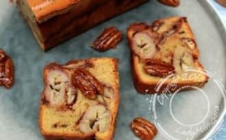 Cake à la banane et aux chouchous de noix de pécan