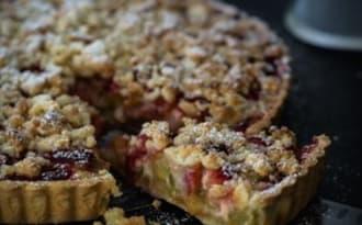 Tarte streusel fraise et rhubarbe