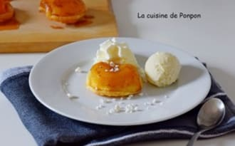 Tatinette de pomme au caramel et sirop de gingembre