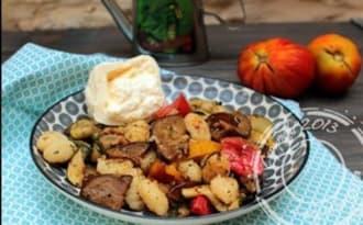 Salade de gnocchi aux légumes d'été grillés et burrata