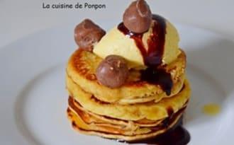 Pancakes en étages et chocolat