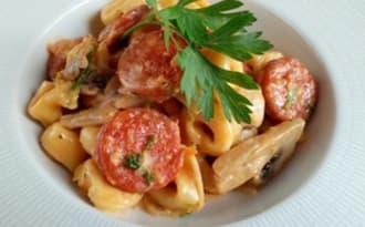Cassolette de tortellinis au chorizo et champignons