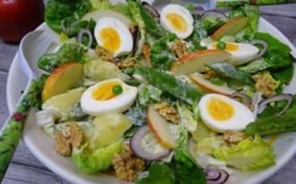Salade fermière au Melfor, pomme Royal Gala, oeufs, pommes de terre, thon, pois gourmands ...