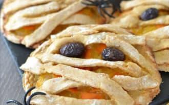 Mummy pies