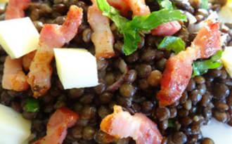 Salade de lentilles vertes au Saint-Nectaire