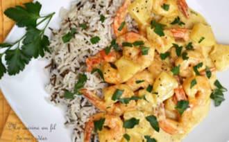 Scampis et ananas sauce curry et curcuma