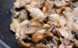 Rognons de boeuf aux champignons et lardons