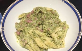 One pot pasta brocolis bacon philadelphia