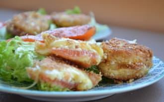 Salade de pélardons panés au saumon fumé artisanal