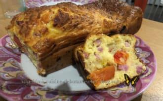 Cake aux dès de jambon et tomates cerises