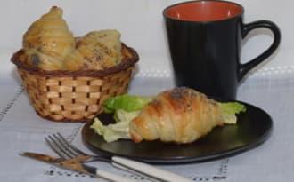 Croissants farcis au fromage