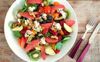 Salade fruitée au Roquefort