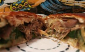 Pastilla au canard confit, épinard et pommes de terre