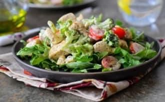 Salade de poulet sauce à la moutarde et estragon