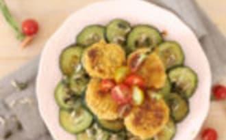 Galettes de pois chiches, courgettes sautées à l'huile d'olive