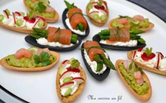 Fines coquilles saumon-asperges, guacamole-crevettes et radis-jeunes oignons