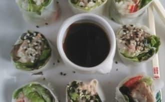 Rouleaux de printemps salade riz thon poivron menthe