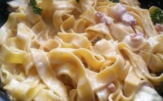 Tagliatelles de Toscane sauce mozzarella