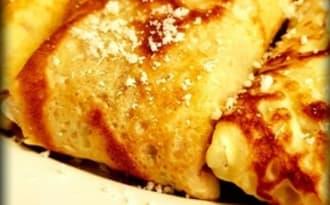Crêpes fourrées à la béchamel au jambon et fromage