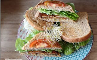 Club sandwich tofu laitue tomates