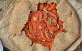 Tarte rustique aux tomates et à l'amande