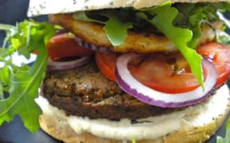 Falafel burger au fromage Halloumi