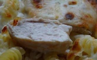 Filets de poulets au Comté et pâtes, gratinés à la mozzarella