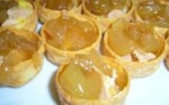 Bouchées au Foie Gras et Chutney de Poires