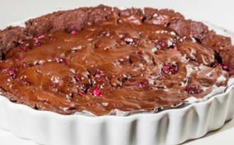 Tarte fondante aux framboises et au chocolat