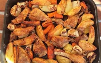 Pilons de poulet aux légumes d'automne au four