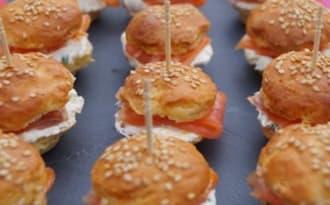 Mini burgers au saumon fumé