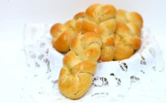 Petits pains tressés