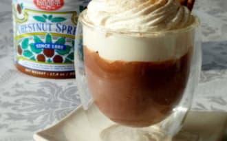 Chocolat chaud à l'ancienne, chantilly à la crème de marrons