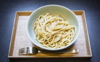 """Lingine au miso, façon """"cacio e pepepasta"""""""
